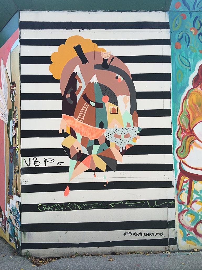 Vægkunst af Marie Willumsen til Byens hegn