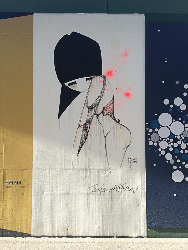 Louise Thomines vægmaleri til Byens hegn