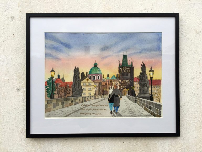 Bymaleri over Karlsbroen i Prag